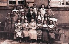 1912écoleFilles.jpg